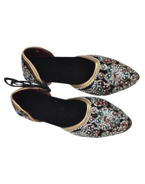 Velvet Pawadi Multicolored Hill Sandal